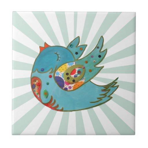 Pájaro feliz lindo azulejo
