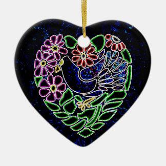 Pájaro gótico en corazón adornos