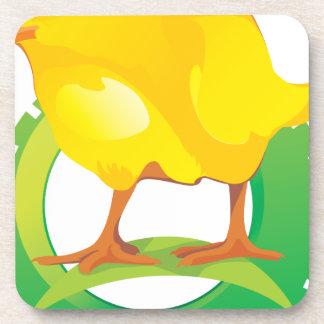 Pájaro hermoso del pollo posavaso