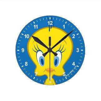 Pájaro inocente de Tweety™ el | pequeño Reloj Redondo Mediano