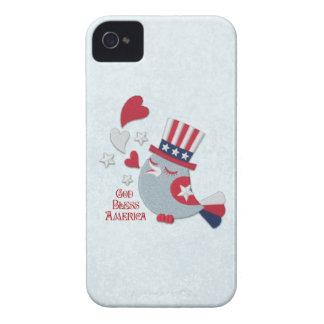 Pájaro patriótico de los píos blanco rojo y azul iPhone 4 Case-Mate protectores