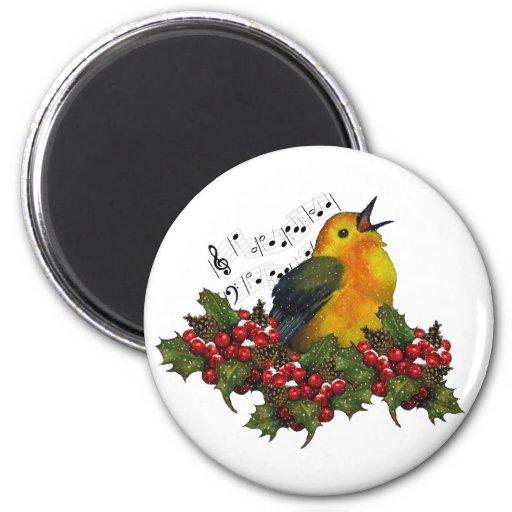 Pájaro que canta con Hollly, bayas del navidad Imán De Frigorífico