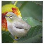 Pájaro que come un higo servilleta de papel