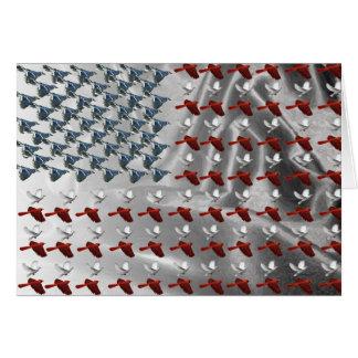 Pájaro que enarbola pabellón americano tarjeta de felicitación