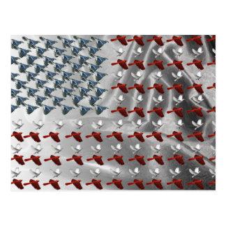 Pájaro que enarbola pabellón americano tarjeta postal