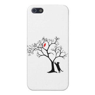 Pájaro rojo cardinal en árbol del invierno Nevado  iPhone 5 Carcasa
