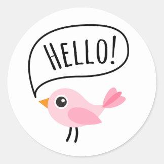 Pájaro rosado lindo que dice el dibujo animado del pegatina redonda