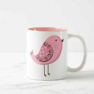 Pájaro rosado retro taza de dos tonos
