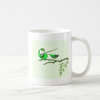 Pájaro verde colorido - taza (diseño de Tigu)