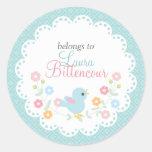 Pájaro y flores personalizados - etiquetas del etiqueta redonda