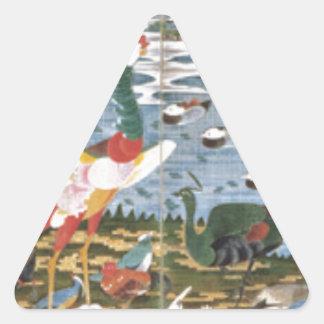 Pájaros, animales, y plantas florecientes en pegatina triangular