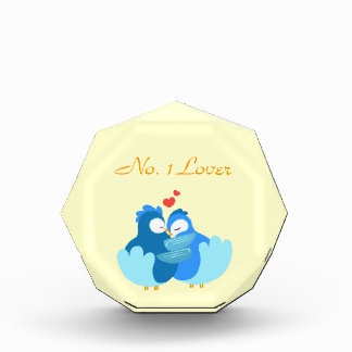 pájaros azules en amor