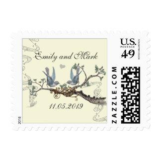 Pájaros azules en el franqueo poner crema del boda