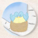 Pájaros azules en jerarquía posavasos diseño