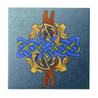 Pájaros célticos azulejo cuadrado pequeño