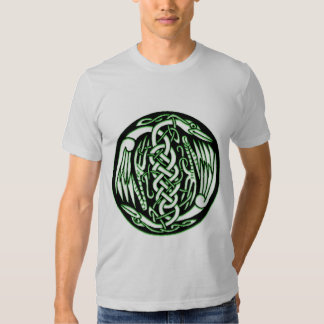 Pájaros célticos de la paz camisas