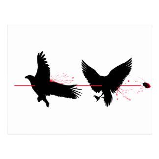 Pájaros de la matanza dos con una piedra tarjeta postal