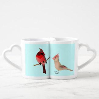 Pájaros del amor - cardenales en sistema de la taz tazas amorosas