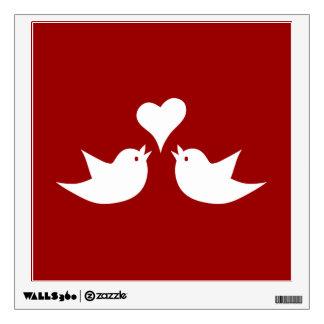 Pájaros del amor con el corazón que casan