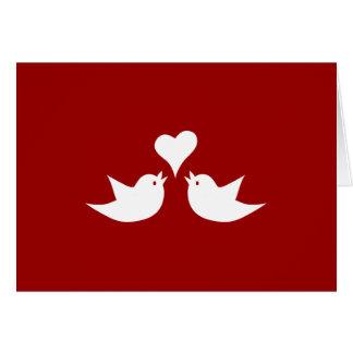 Pájaros del amor con el corazón que casan tarjeta de felicitación