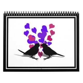 Pájaros del amor con los corazones púrpuras calendario de pared