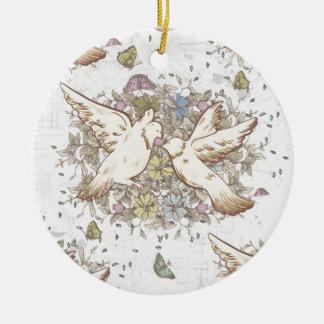 Pájaros del amor del vintage, dos palomas blancas adorno redondo de cerámica