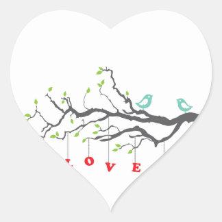 Pájaros del amor pegatina en forma de corazón
