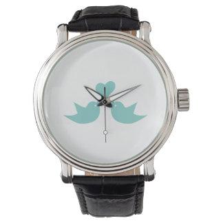 Pájaros del amor que cantan del corazón reloj de mano