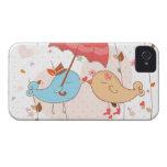 Pájaros del amor que casan a tarjetas del día de S iPhone 4 Funda
