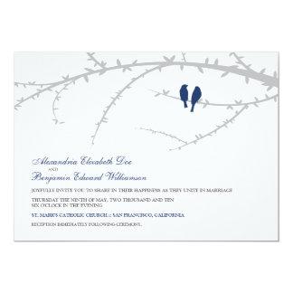 Pájaros del amor que casan la invitación (marina