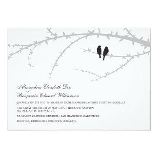 Pájaros del amor que casan la invitación (negro)