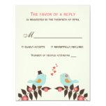 Pájaros del amor que casan la tarjeta de RSVP Comunicado