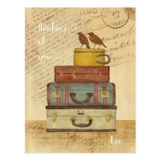 Pájaros del amor que piensan en usted postal