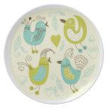 pájaros del dibujo animado del cate platos