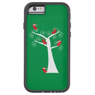 Pájaros del navidad en un árbol funda de iPhone 6 tough xtreme