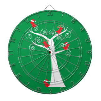 Pájaros del navidad en un árbol tablero dardos