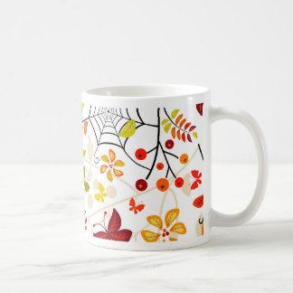 pájaros del otoño taza básica blanca