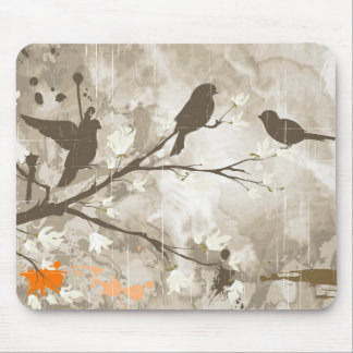 Pájaros del vintage en una rama tapetes de raton