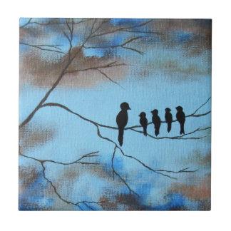 Pájaros en árbol en arte abstracto del día de madr tejas  ceramicas
