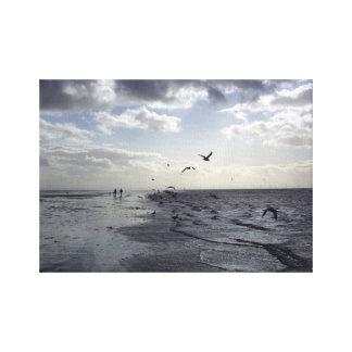 Pájaros en el borde de las aguas impresión en lienzo