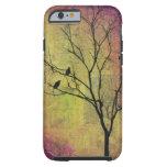 Pájaros en silueta del árbol funda de iPhone 6 tough