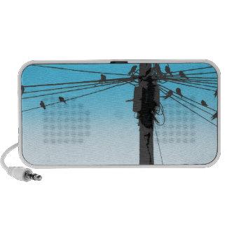 Pájaros en un alambre altavoces de viaje