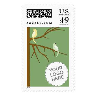 Pájaros en un árbol envio