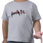 Pájaros en una rama camisetas