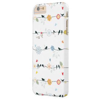 Pájaros femeninos en un alambre y flores funda de iPhone 6 plus barely there