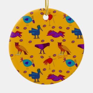 Pájaros - halcones púrpuras abstractos y pollos adorno redondo de cerámica