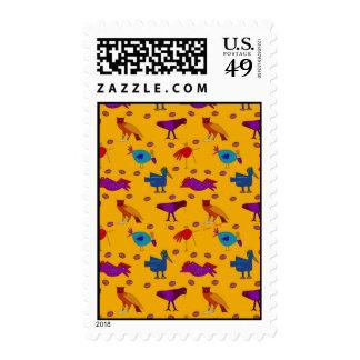 Pájaros - halcones púrpuras abstractos y pollos franqueo