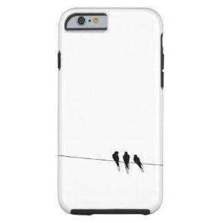Pájaros negros en una noche del alambre funda resistente iPhone 6