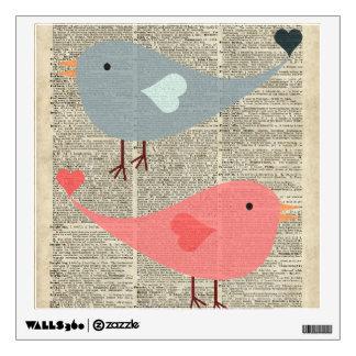 Pájaros preciosos del dibujo animado en la página