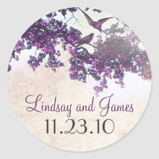 pájaros púrpuras del amor del árbol que casan a pegatina redonda